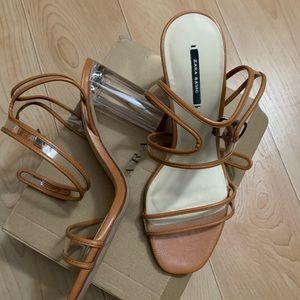 😍Zara nude sandal. Clear heel😍 Worn Once‼️